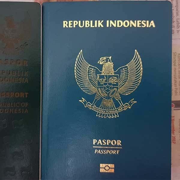 pengambilan paspor diwakilkan keluarga